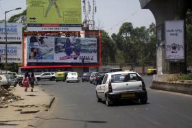 Indiranagar 100 ft Road T Junction FTF 100ft Road / CMH Road > Old Madras Road, Indiranagar - Bangalore